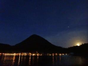 Moorise over El Rio