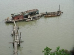 Houseboat on Pearl River