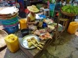 Hpa An Market, Chicken Vendor