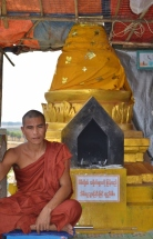 Monk at Kyaut Ka Latt Monastery
