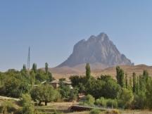Snake Mountain (Yilan Dag)