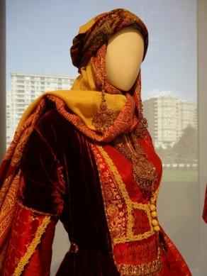 Traditional Azerbaijani Dress (Modern Skyline)