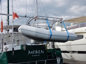 New Lifting Configuration for Bullfrog Dinghy