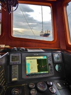 Avoiding Big Ships