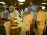 making-dumplings-at-din-tai-fung