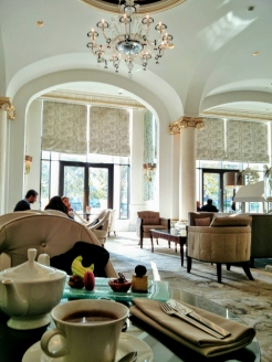 afternoon-tea-at-the-four-seasons