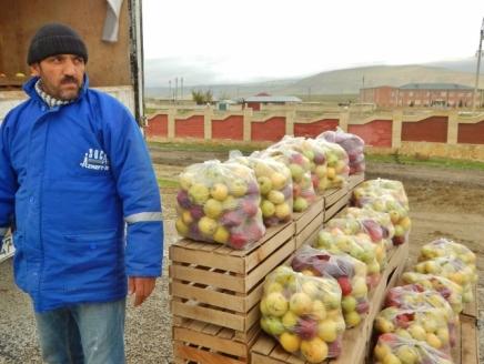 buying-apples