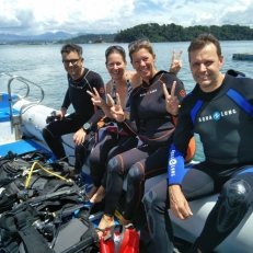 diving-in-subic-bay