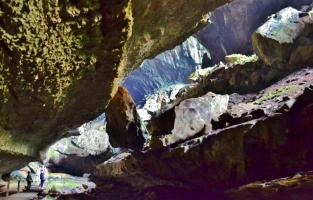 Deer Cave 2
